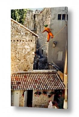 ציורים נריה איטקין | בין גגות רחוב