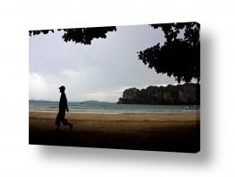 אסיה תאילנד | הולך בחוף