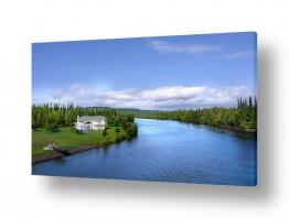שמים עננים | הבית ליד הנהר
