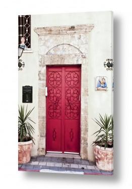 צילומים ארץ ישראלי | דלת אדומה