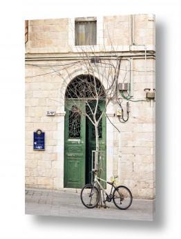 צילומים ארץ ישראלי | שער עם אופניים