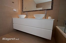 מקלחת, חדר אמבטיה